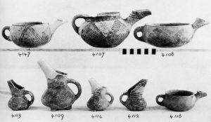 Koumasa, clay vases (E.M.II).