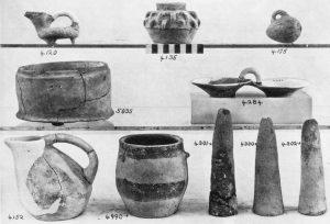 Koumasa, miscellaneous clay objects.