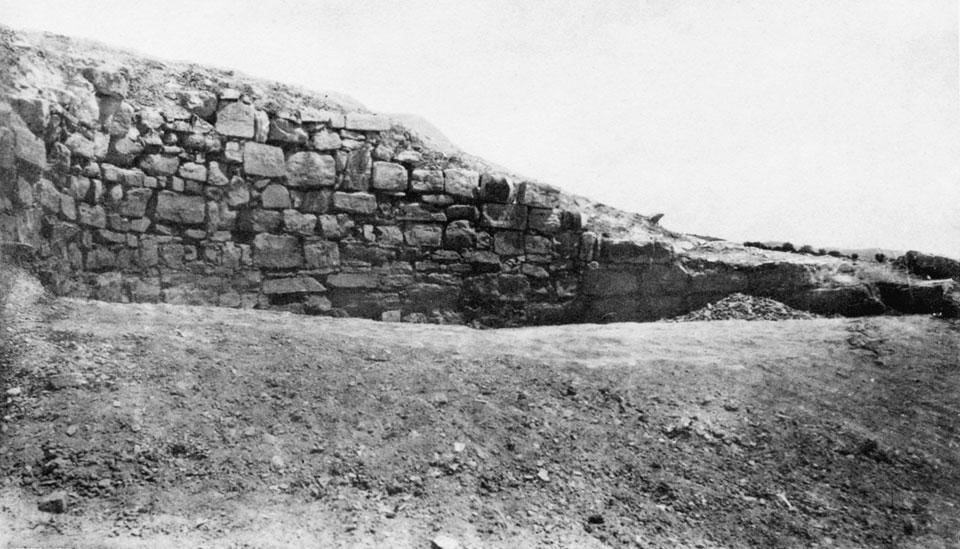 <p> S. Xanthoudides, <em>The Vaulted Tombs of Mesara</em> (1924), pl. XLIVa</p>