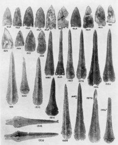 Platanos, copper daggers. Scale 1:3.