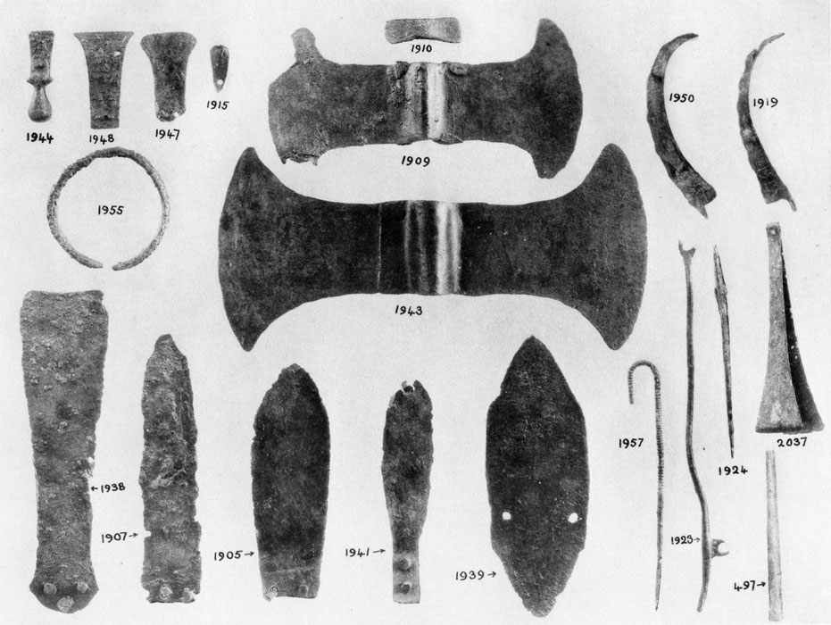 <p> S. Xanthoudides, <em>The Vaulted Tombs of Mesara</em> (1924), pl. LVI</p>