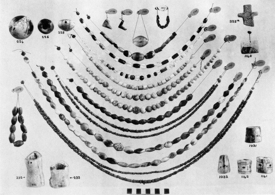 <p> S. Xanthoudides, <em>The Vaulted Tombs of Mesara</em> (1924), pl. LVIII</p>