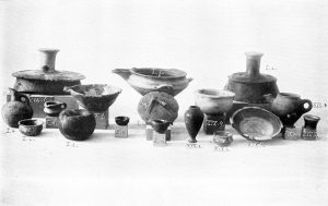 Clay and stone vases from Tombs I and XIX. Scale about 2:9.